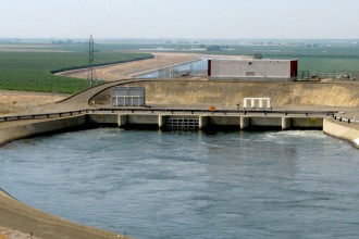 Water  Supply At  San  Joaquin, California
